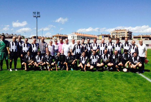 Foto de equipo de la Asociación de Veteranos del Haro Deportivo