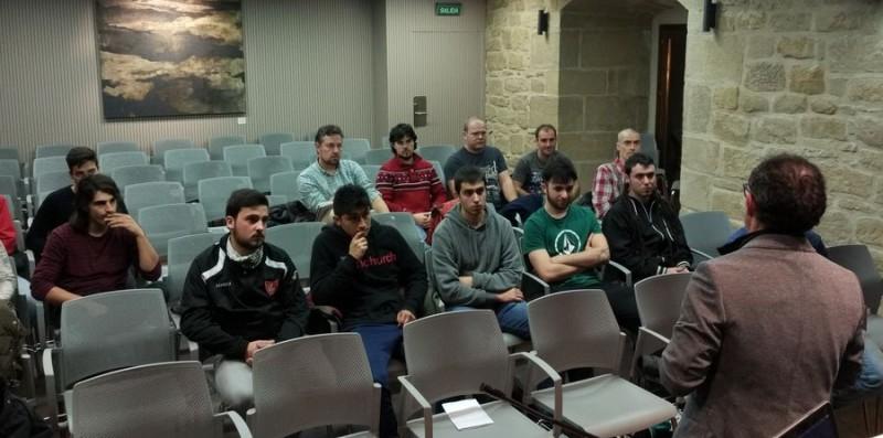 19 alumnos disfrutarán en Haro del curso de monitor de fútbol base de la Federación Riojana de Fútbol