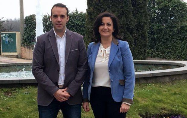 Concha Andreu y Jonás Olarte