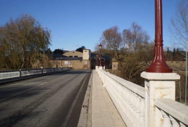 Puente sobre el Tirón