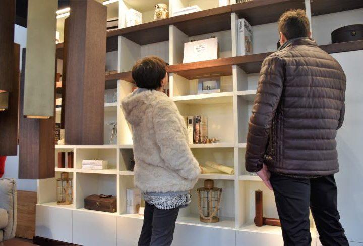 Muebles tuesta gana el premio reflejos de dise o del for Cadenas de muebles