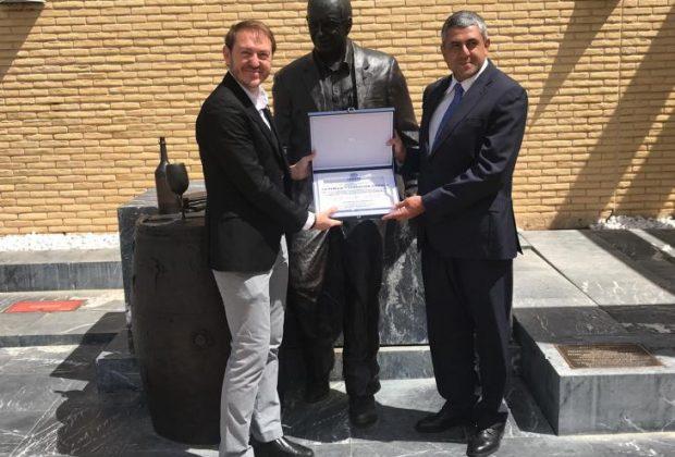 De izda a dcha-Santiago Vivanco y Zurab Pololikashvili