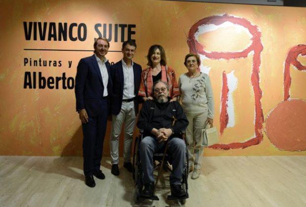 De izda a dcha, Santi y Rafael Vivanco, Ana Arambarri, Angélica Sáenz. En el centro, Alberto Corazón