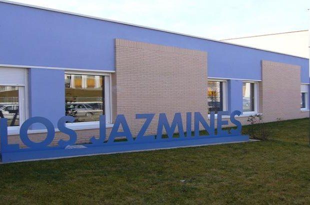 Los Jazmines