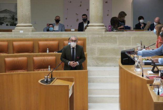 J.A Garrido, parlamento