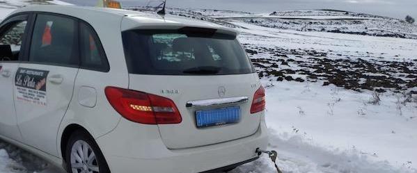 taxista-rescatado-en-la-nieve en foncea